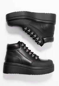 Vagabond - TARA - Kotníková obuv - black - 3