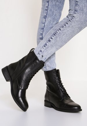 CARY - Vinterstøvler - black