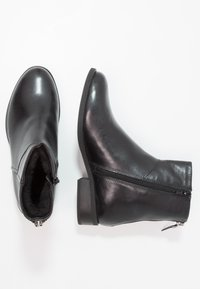 Vagabond - CARY - Classic ankle boots - black - 2