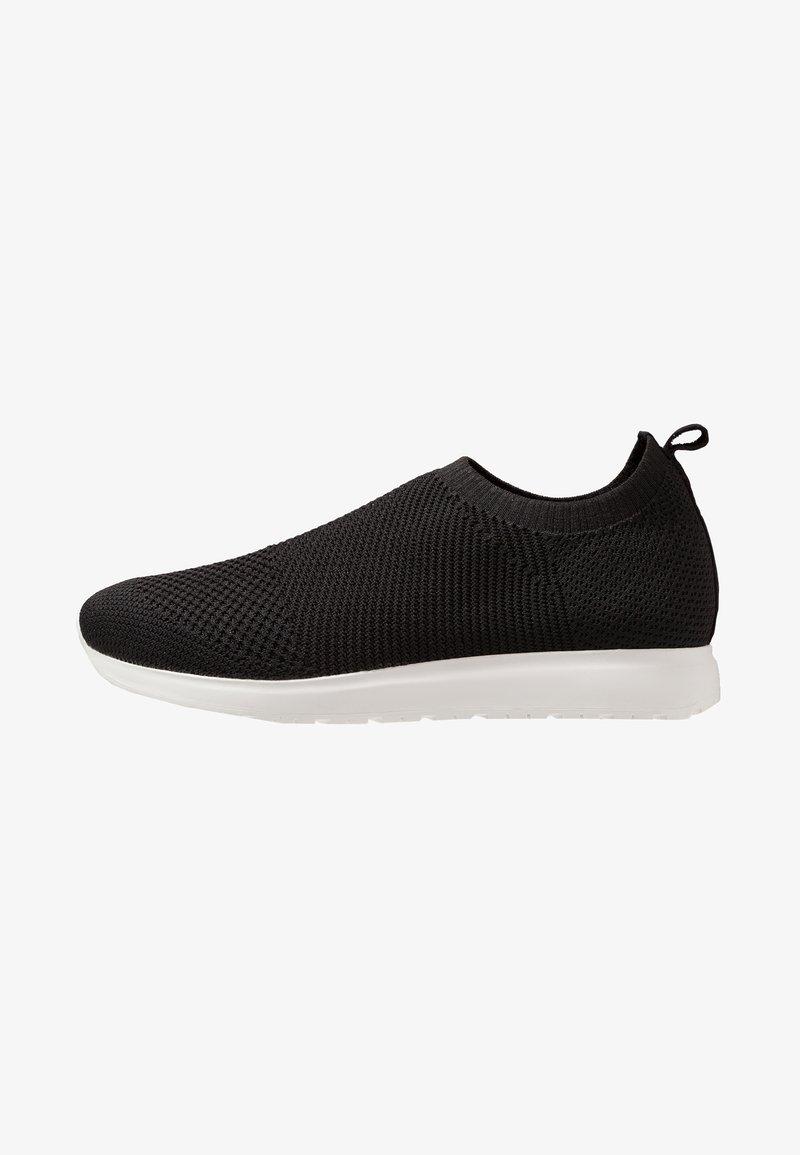 Vagabond - COLIN - Slippers - black