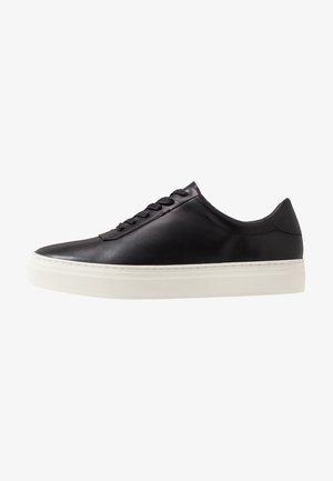 STEVE - Zapatillas - black