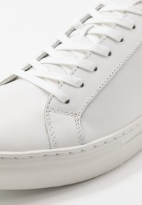 Vagabond - PAUL - Baskets basses - white