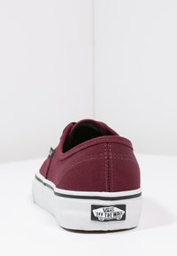 Vans - AUTHENTIC - Obuwie deskorolkowe - port royale/black - 3