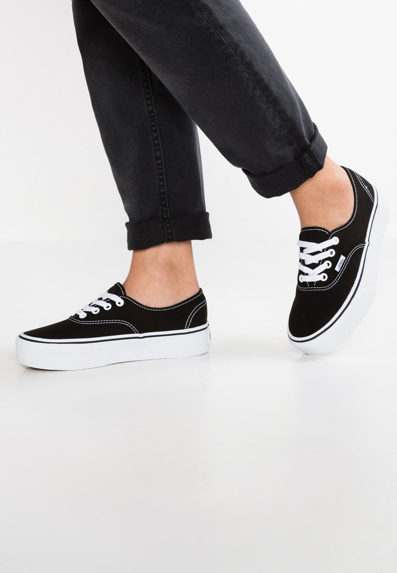 Vans - AUTHENTIC PLATFORM 2.0 - Sneakers laag - black