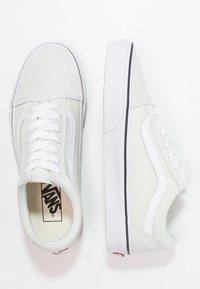 Vans - OLD SKOOL - Sneakers laag - blue flower/true white - 3