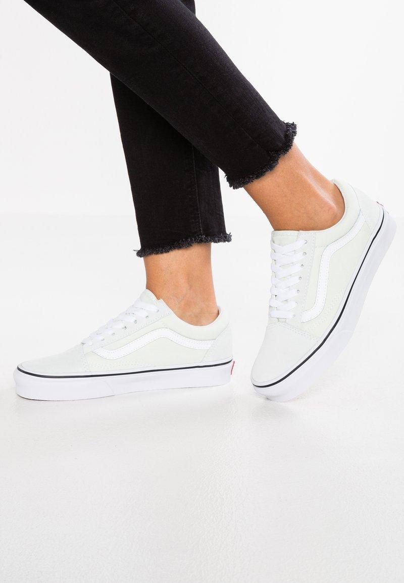 Vans - OLD SKOOL - Sneakers laag - blue flower/true white