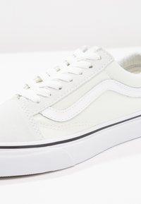 Vans - OLD SKOOL - Sneakers laag - blue flower/true white - 2