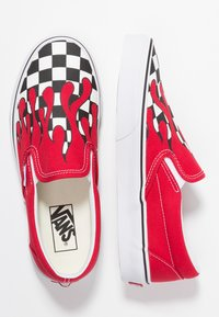 Vans - CLASSIC SLIP-ON - Loafers - red - 3