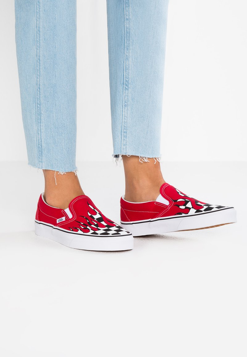 Vans - CLASSIC SLIP-ON - Loafers - red
