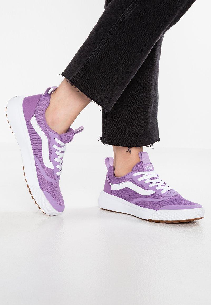 Vans - ULTRA RANGE RAPIDWELD - Sneaker low - purple