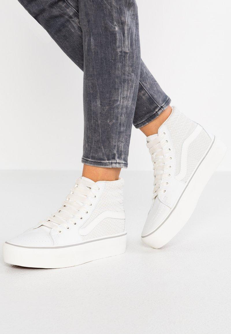 Vans - SK8 PLATFORM 2.0 - Sneaker high - white