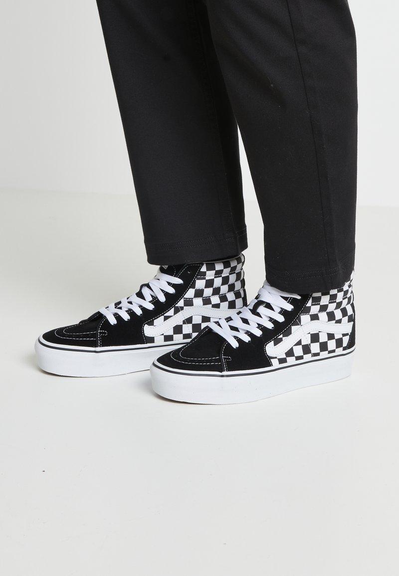 Vans - SK8 PLATFORM 2.0 - Zapatillas altas - black