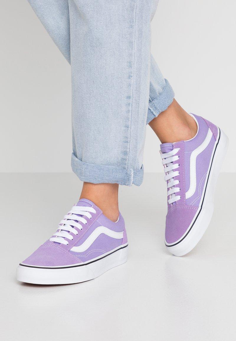 Vans - OLD SKOOL - Sneaker low - violet tulip/true white