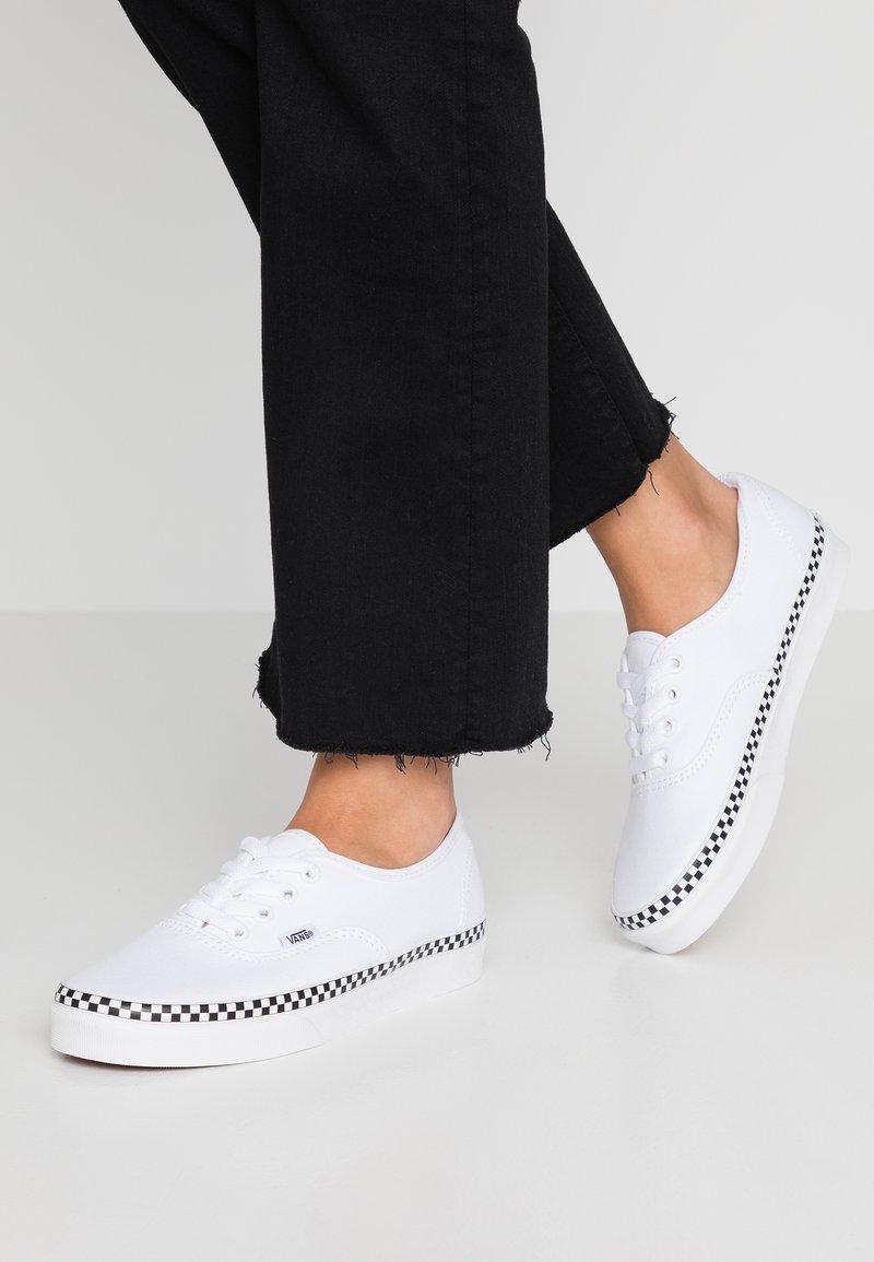 Vans - AUTHENTIC - Sneakers laag - true white