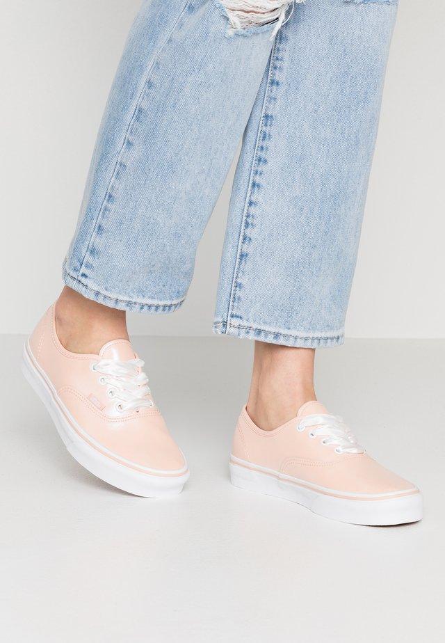 AUTHENTIC - Sneaker low - spanish villa/true white