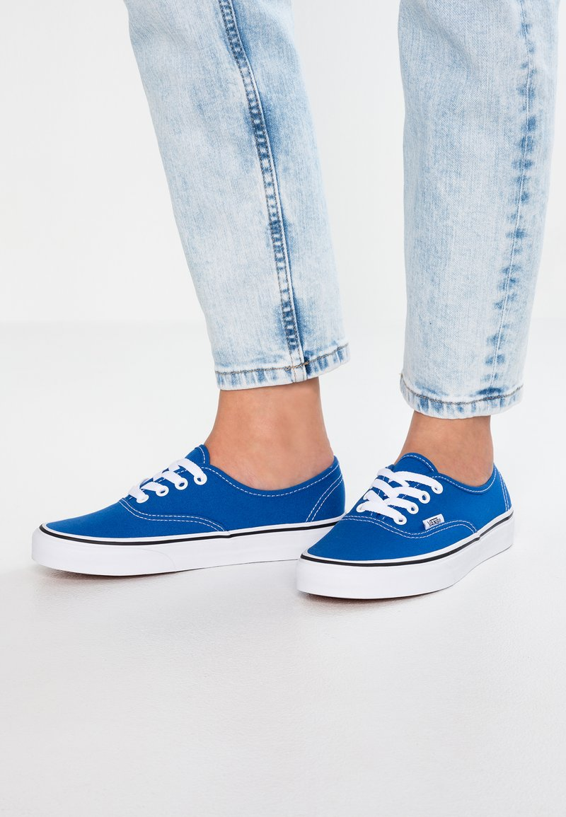 Vans - AUTHENTIC - Trainers - lapis blue/true white