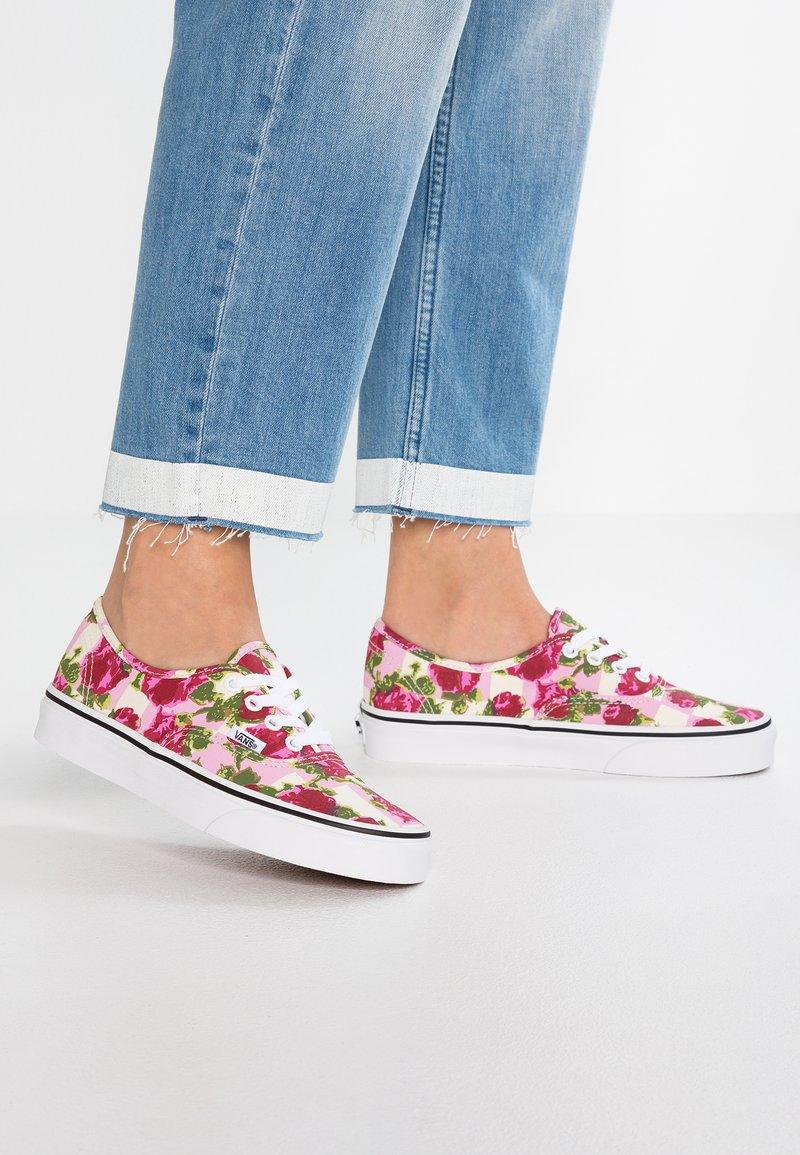 Vans - AUTHENTIC - Sneaker low - multicolor/true white