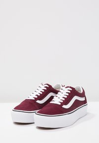 Vans - OLD SKOOL PLATFORM - Sneakers basse - port royale/true white - 6