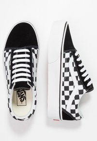 Vans - OLD SKOOL PLATFORM - Matalavartiset tennarit - black/white - 6