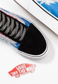 Vans - OLD SKOOL PLATFORM - Trainers - after dark/summer leaf/true white - 7