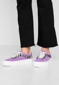 Vans - BOLD - Skate shoes - fairy wren - 0