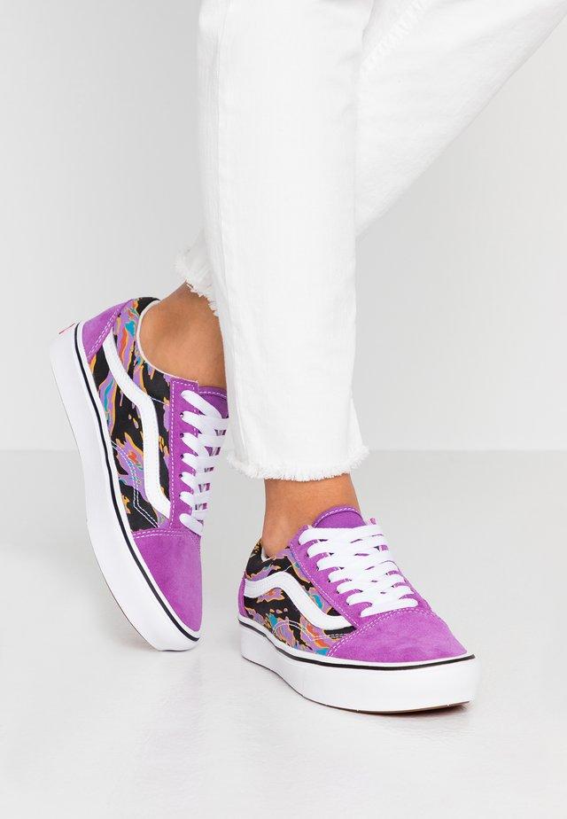 COMFYCUSH OLD SKOOL - Sneakers - dewberry