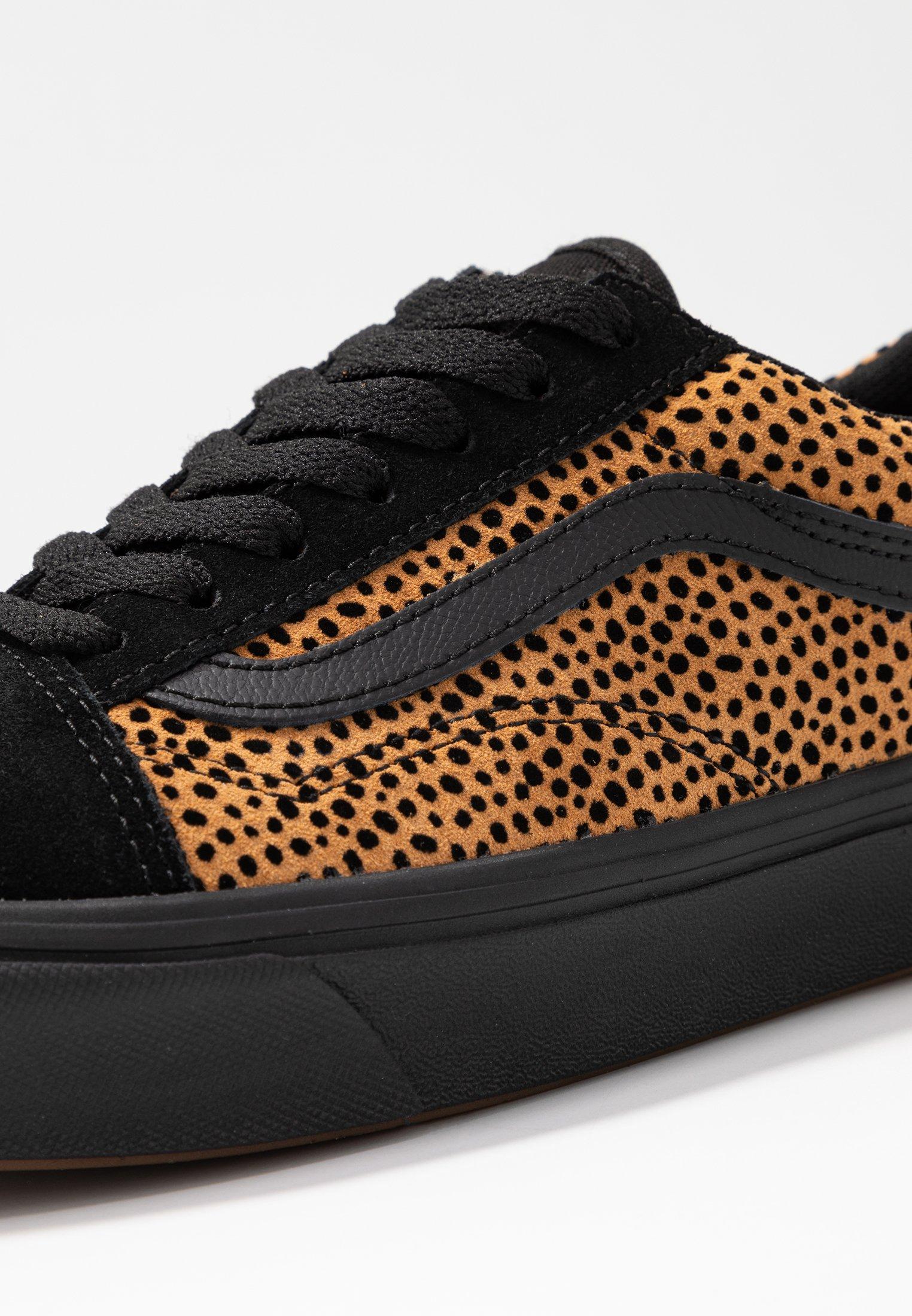 Vans Comfycush Old Basses SkoolBaskets Black JTFclK13