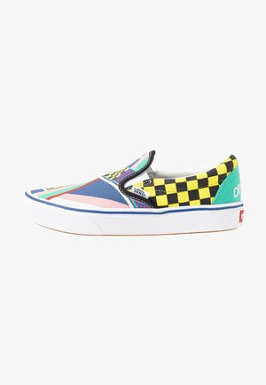 COMFYCUSH - Slip-ons - multicolor/gumdrop green/true white