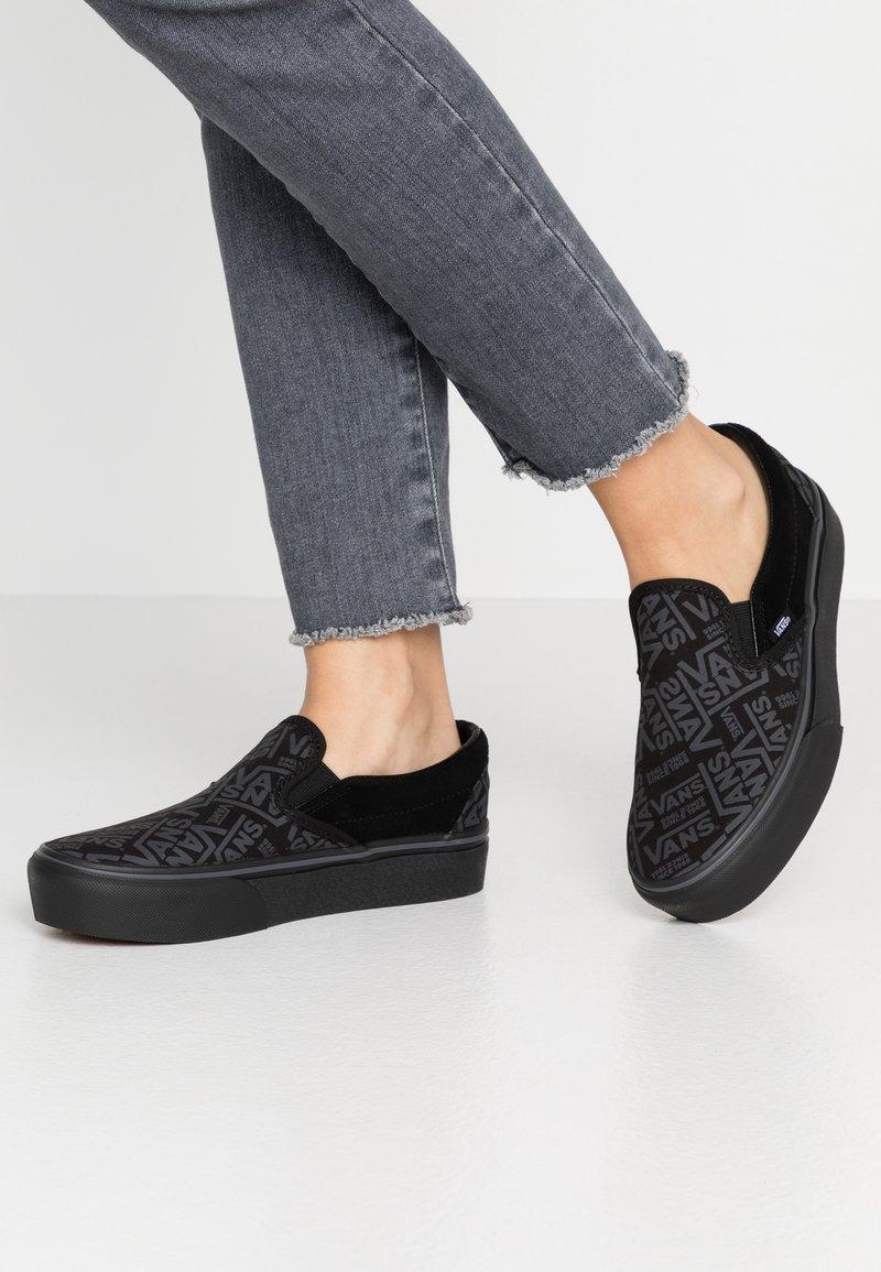 Vans - CLASSIC - Slip-ons - black