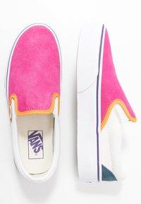 Vans - CLASSIC - Slip-ons - multicolor/true white - 3