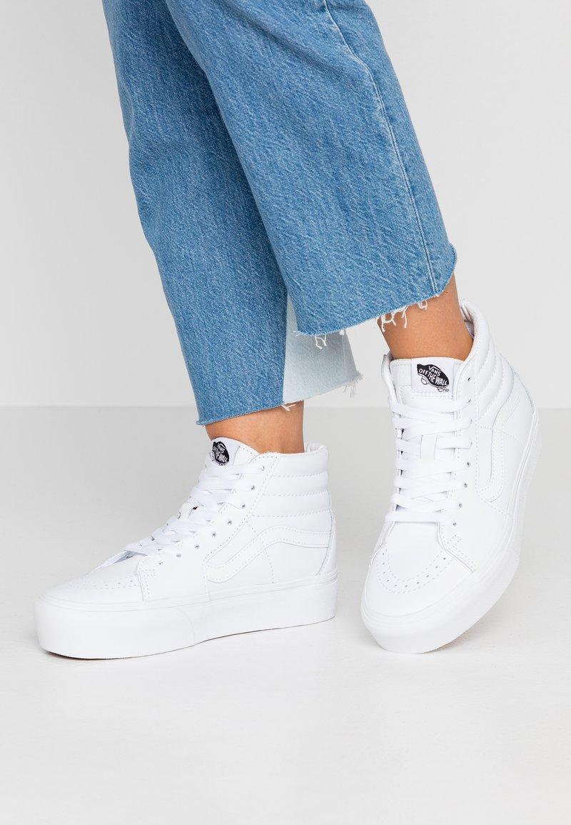 Vans - SK8 PLATFORM  - Sneaker high - true white