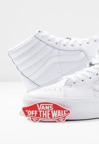 Vans - SK8 PLATFORM  - Sneakers hoog - true white - 7