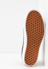 Vans - SK8 PLATFORM  - Zapatillas altas - burgundy/true white - 6