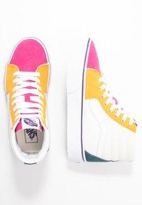 Vans - SK8 PLATFORM  - Zapatillas altas - multicolor/true white - 3