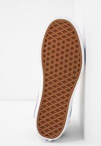 Vans - SK8 PLATFORM  - Zapatillas altas - multicolor/true white - 6