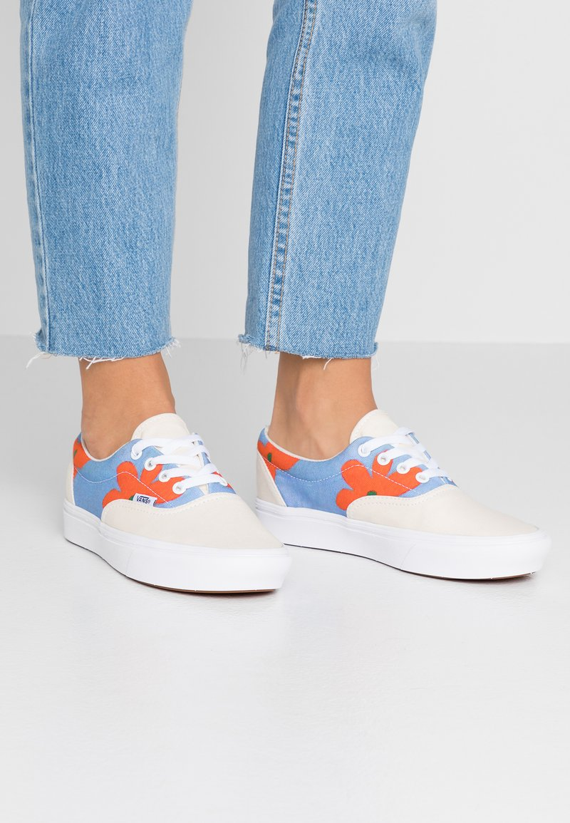 Vans - COMFYCUSH ERA INES - Sneaker low - eggnog/marrakech/true white