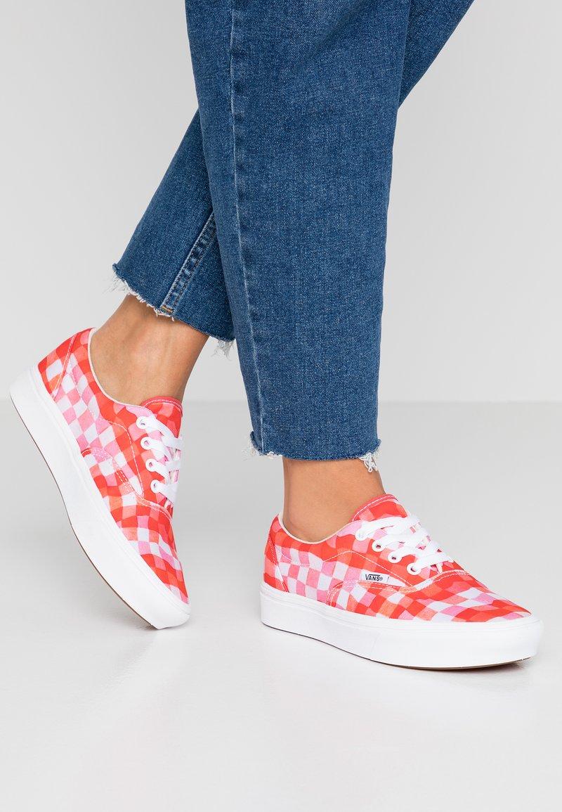 Vans - COMFYCUSH ERA INES - Sneaker low - true white