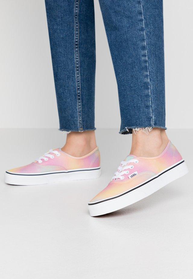 AUTHENTIC - Sneakers laag - multicolor/true white