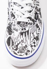 Vans - ERA - Sneakersy niskie - white/true white - 2