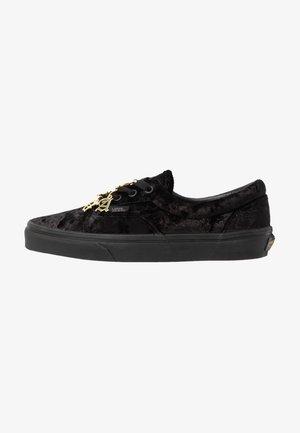 ERA - Zapatillas - black
