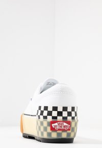 Vans - ERA STACKED - Sneaker low - white - 5