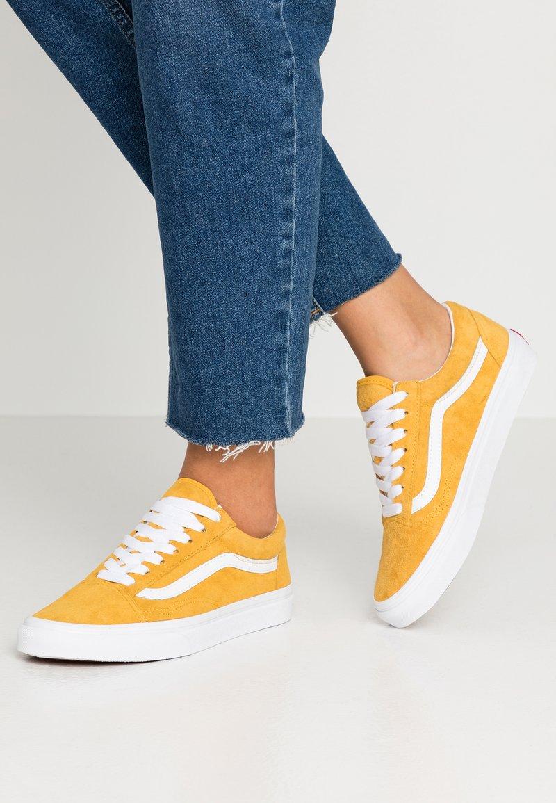 Vans - OLD SKOOL - Tenisky - mango mojito/true white