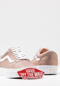 Vans - OLD SKOOL - Trainers - rose gold - 7