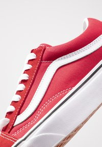 Vans - OLD SKOOL - Trainers - racing red/true white - 2