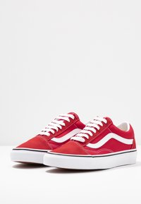 Vans - OLD SKOOL - Trainers - racing red/true white - 4