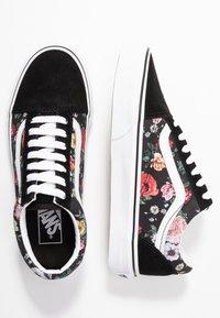 Vans - OLD SKOOL - Sneaker low - black/true white - 3