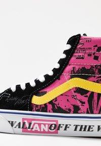 Vans - High-top trainers - azalea pink/true white - 2