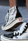Vans - ANAHEIM FACTORY SK8  - High-top trainers - gray