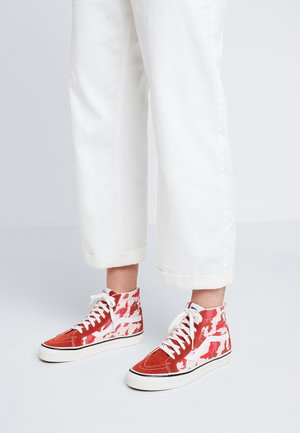 ANAHEIM FACTORY SK8  - High-top trainers - red