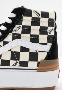 Vans - SK8 STACKED - Zapatillas altas - multicolor/true white - 2